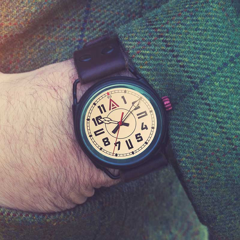 ww1 style watch 'No. 1914' Jacket Wristshot Built in Britain by W. T. Author