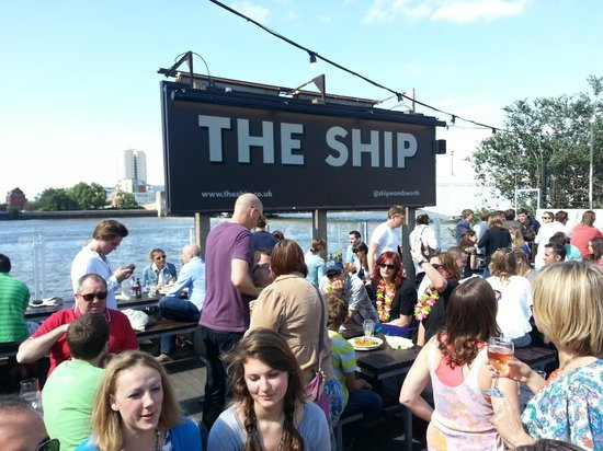 Boat Race 2016 The Ship Pub W T Author