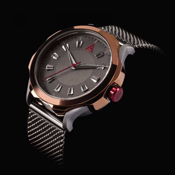 CLASSIC WATCH MESH PHANTOM Nº 1953 BLACK BACKGROUND FRONT