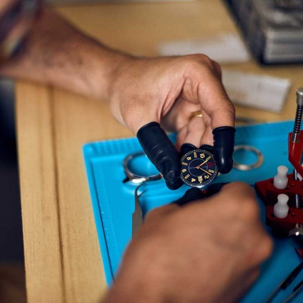 HANDMADE WATCHES BY W AUTHOR DIAL