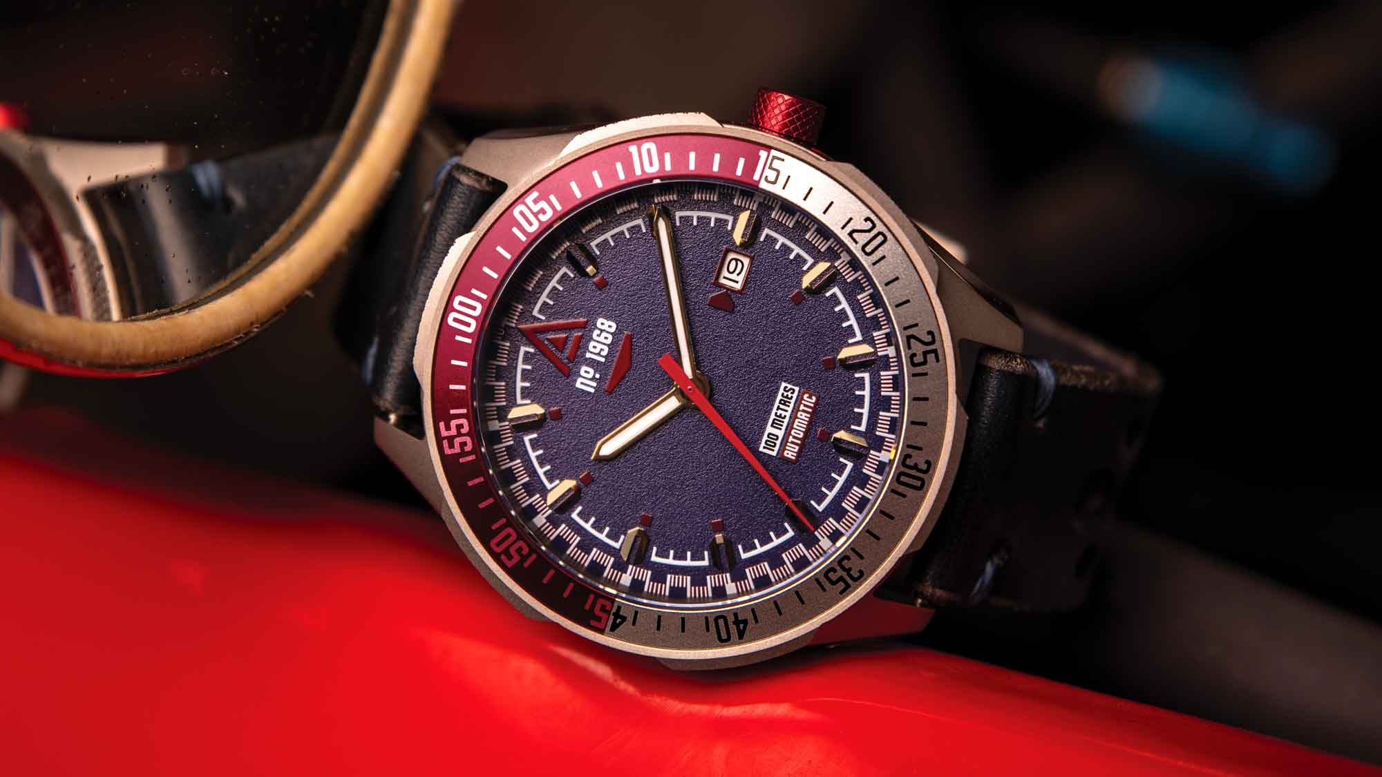 racing watches no 1968 blue wt author