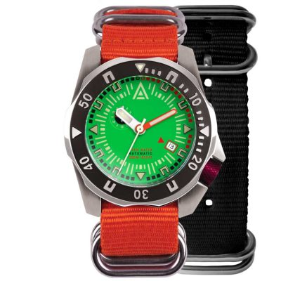 divers watches green dial both nylon nato strap wt author front
