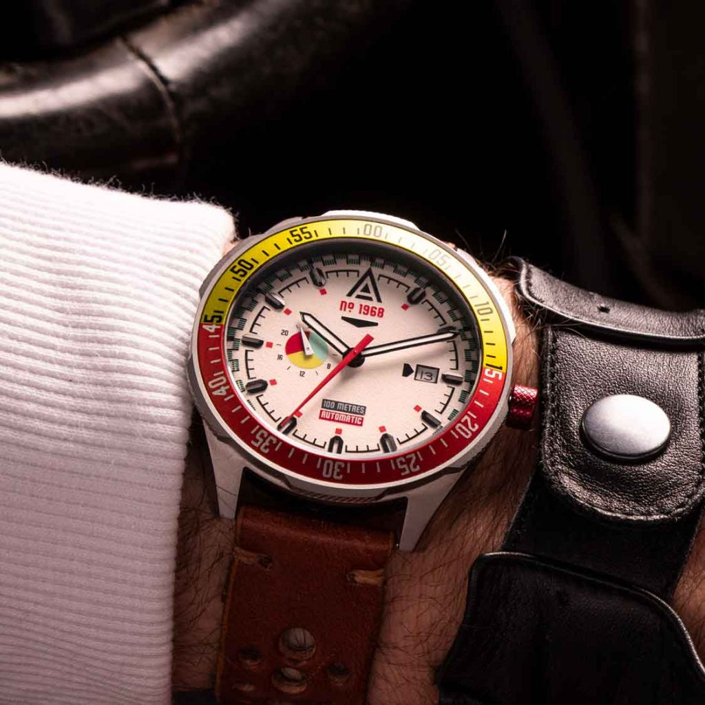 watch auction 2020 wt author no 1968 white wrist shot racing driver
