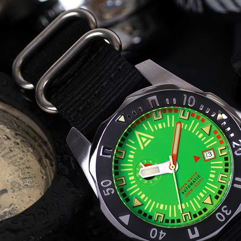 deep dive watches wt author green 1973